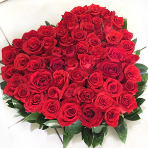 17 red roses in a vase Heart Of Roses Arrangement