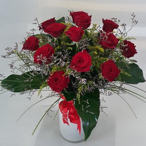 7 Роза в сердечную вазу 25 Красных Роз В Вазе