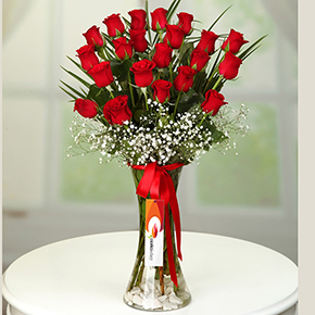 alanya florist 21 red roses in a vase