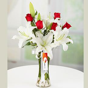 заказать доставку букета цветов в алании на нашем сайте Ваза Лилли 5 Роза