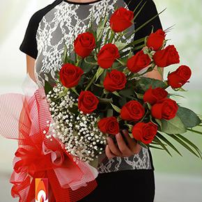заказать доставку букета цветов в алании на нашем сайте 15 шт Букет из красных роз