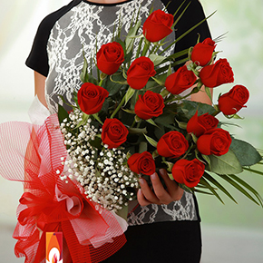 alanya blumen online bestellen 15 rote Rosen Bouquet