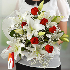 alanya florist Lilly and Roses Bouquet