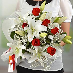 alanya blumen online bestellen Lilly und Rosen Bouquet