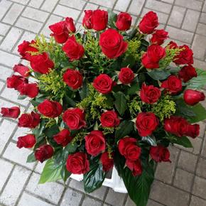 9 kırmızı gül buketi Güller Sepette