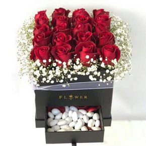 35 red roses with box